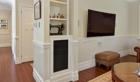 Beadboard or Vertical V Lining Board Wainscoting
