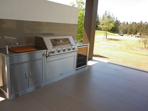 30 litre sink for modular outdoor kitchen lifestyle