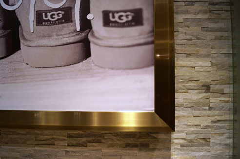 UGG Australia Brass Framing